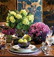 Gypsy Purple: Christmas Find: Some more christmas inspiration......: Shades Of Purple, Red Flower, Colors, Tablescapes, Centerpieces, Chinoiserie Chic, Sets Tables, Thanksgiving Tables Sets, Holiday Tables