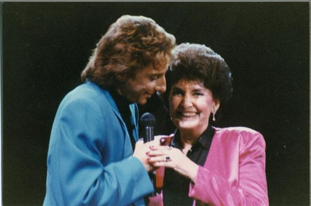 Barry Manilow Tickets | Barry Manilow - The Dutch fansite | Barry Manilow And friends ...