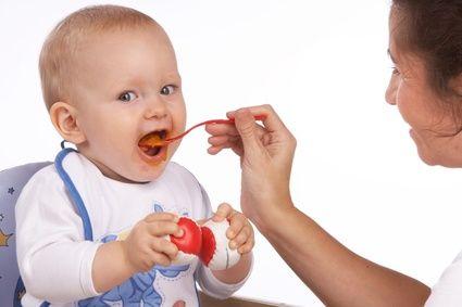 Hazlo con tus propias manos. Prepara la comida de tu pequeño es tarea fácil. Luego de la leche materna es de vital importancia que incorpores a la dieta del pequeño alimentos sólidos.  http://www.linio.com.co/juguetes-y-bebes/alimentacion-del-bebe?utm_source=pinterest_medium=socialmedia_campaign=COL_pinterest___ninosbebes_alimentacionbebe_20130905_17_sm=co.socialmedia.pinterest.COL_timeline_____ninosbebes_20130905alimentacionbebe.-.ninosbebes