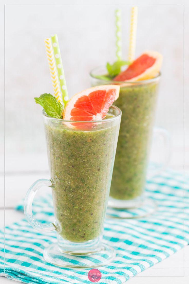 Koktajl z natki pietruszki, zdrowy i smaczny, zielony koktajl na śniadanie lub deser. #przepis #zdrowie #pietruszka #koktajl