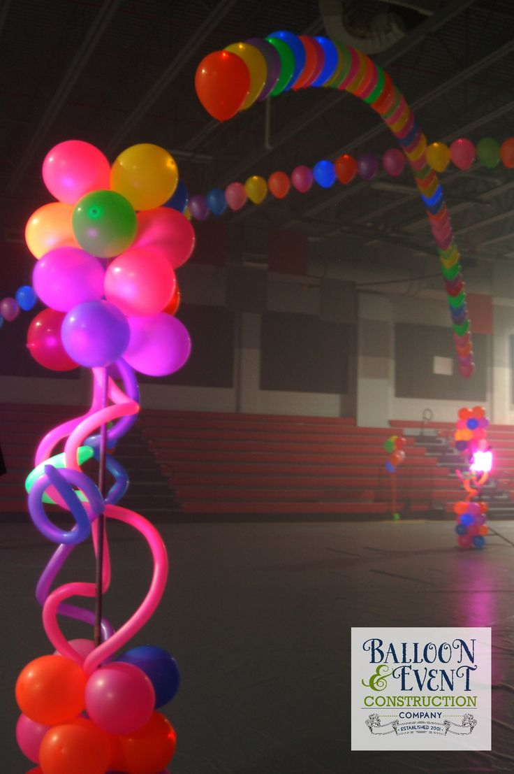 17 best images about neon 80 39 s on pinterest 80s party for Balloon column decoration