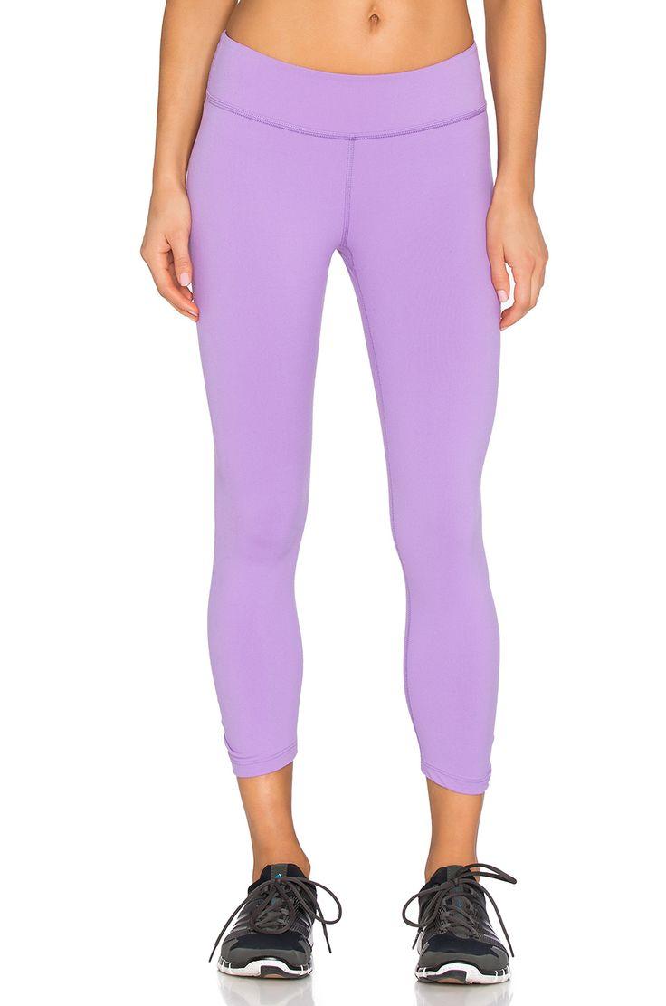 Beyond Yoga Back Gathered Capri Legging in Lavender Mist