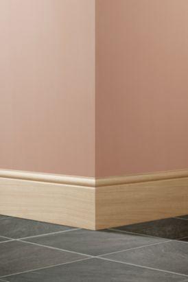 Oak Veneered Finished Torus Skirting (L)2400 x (W)167 x (T)18mm