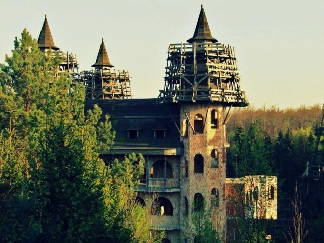 Nowoczesna tradycyjność, czyli zamek w Łapalicach