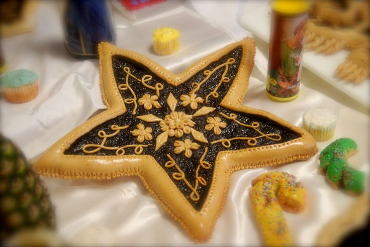 Intricate star made from dough for a st joseph altar