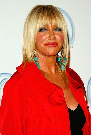 In 2001, actress and author Suzanne Somers announced that she was undergoing treatment for breast cancer. Since receiving successful treatment in the form of traditional surgery and chemo, Somers has been a proponent of alternative methods of cancer treatment, and continues to promote cancer awareness and the importance of regular cancer screenings
