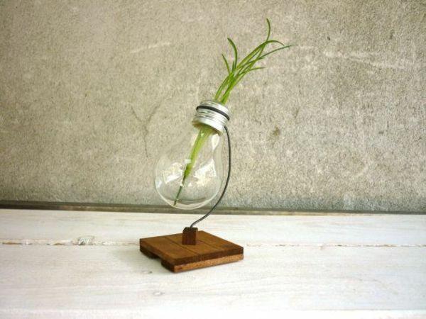 Die besten 25+ Holz Vase Ideen auf Pinterest Hängeregale - gartendeko aus holz und metall