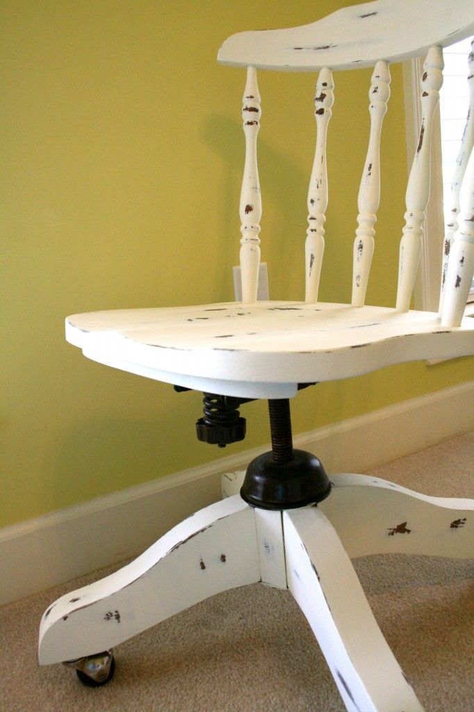 Seven Hand Painted Chair Ideas - make them new again!- #Refresh Restyle