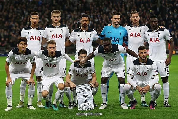 LONDON, ENGLAND - NOVEMBER 02: The Tottenham Hotspur team line up during the UEFA Champions League Group E match between Tottenham Hotspur FC and Bayer 04 Leverkusen at Wembley Stadium on November 2, 2016 in London, England