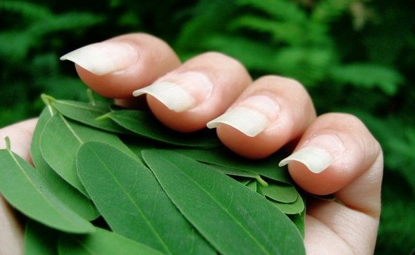 how to get clean nails