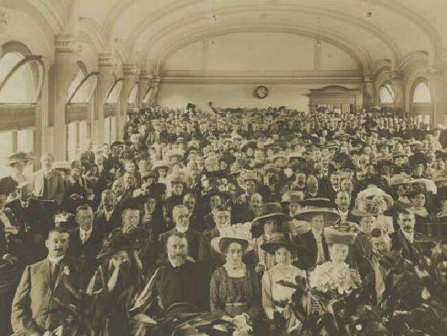 Flinders Street station ballroom early 1900