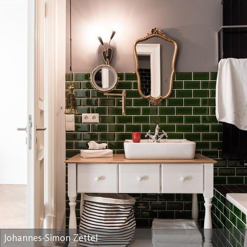 Waschtisch im badezimmer der gorki apartments