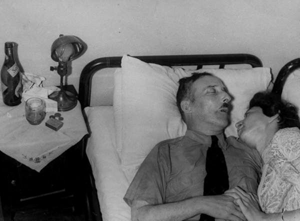 Stefan Zweig and his wife tried to find good place to life and gave up. There in 1942 he takes a fatal dose of sleeping pills and died, then she kissed him and drink too. They died in each other's arms.