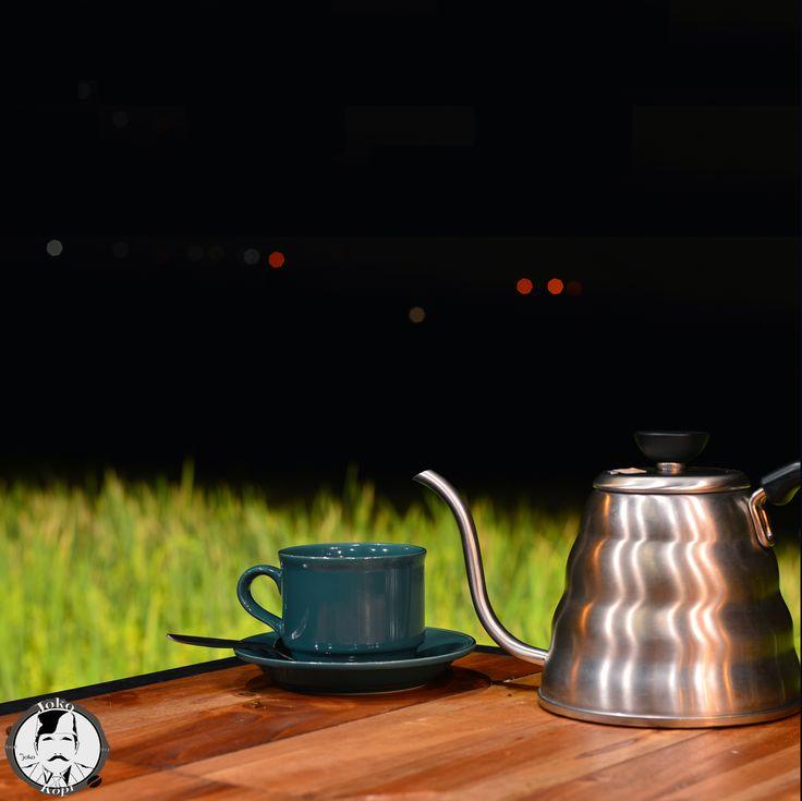 lets brew coffee tonight #jokokopi #v60 #manualberw #singleorigin #semarang #ungaran #jakulsemarang #jakulungaran #nongkrongungaran #visitungaran #kopiin #kopiinindonesia #tukangkopi #kopiungaran #kopisemarang #brew #with #heart #pour #over #happiness #exploreungaran #blackcoffee #kopiin #kopiinsemarang #kopiiinindonesia