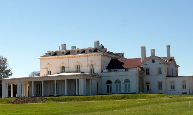 Great American Mansions: Astors' Beechwood Mansion: For 25 years during the Gilded Age, Astors' Beechwood Mansion was at the center of Newport society, with Mrs. Astor as its queen.