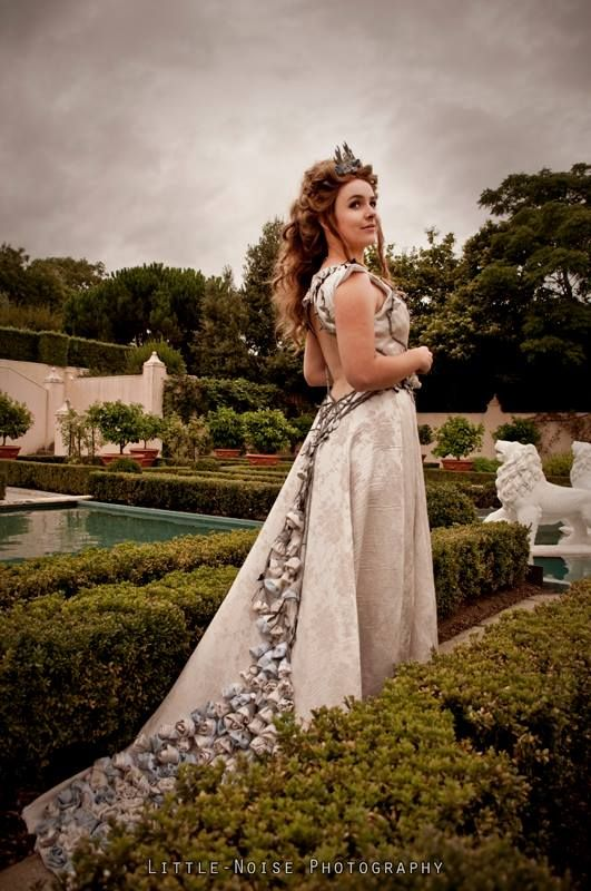74 best game of thrones costumes images on pinterest cosplay ideas stunning margaery tyrell cosplay game of thrones the level of detail for solutioingenieria Choice Image