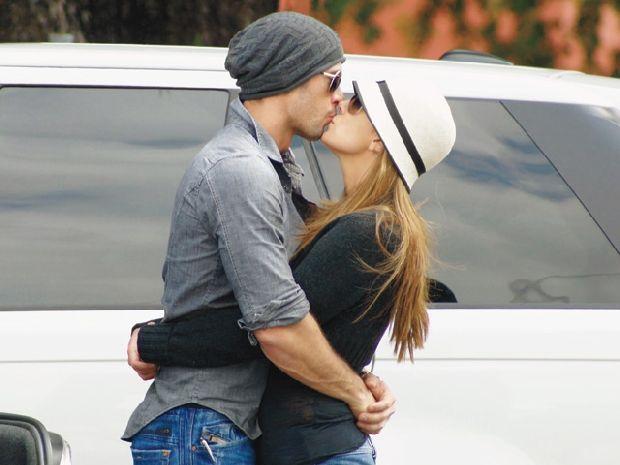 William Levy & Elizabeth Gutierrez... Beautiful Couple