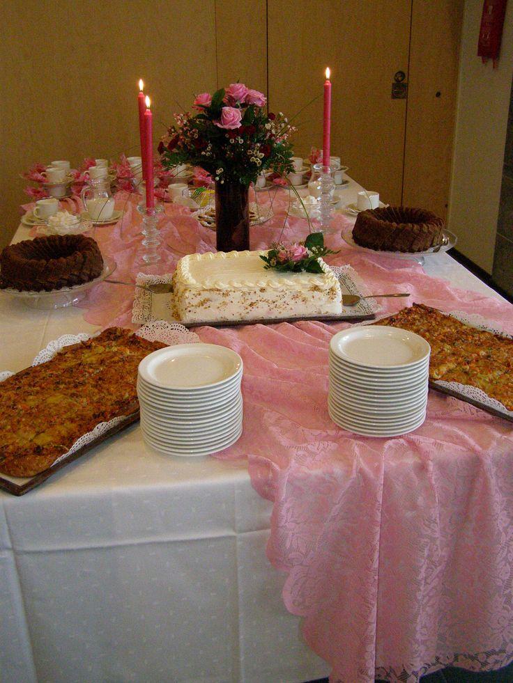 Juhlakahvipöytä!