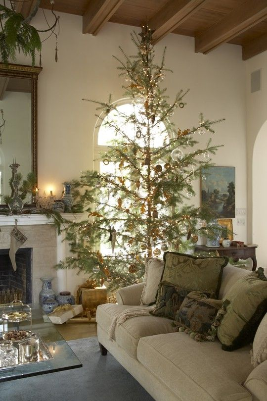 Gorgeous Living Room with a beautiful Christmas Tree in this Candelaria Design ~ Trouvé Design home in Central Phoenix. www.candelariadesign.com....all time fav pic