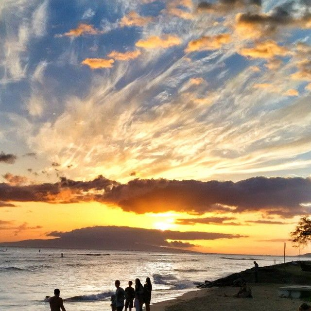 Maui, Hawaii - all the tips you need! I spent a month here exploring every inch of the island - the best food in Maui and stayed in about 10 unique hotels, B&B's, and resorts in Maui