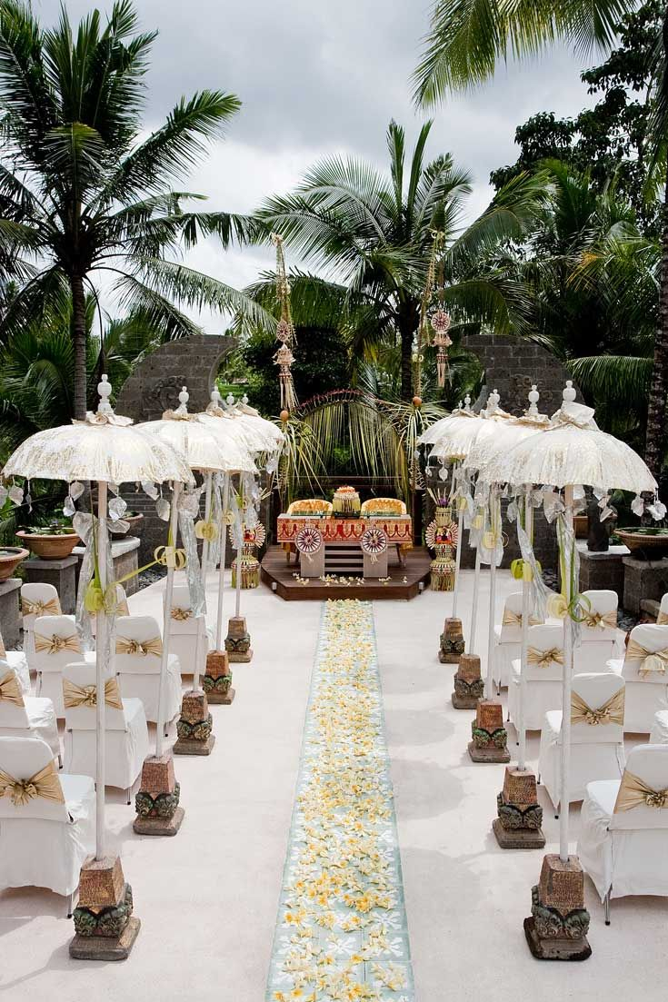 122 best wedding in indonesia images on pinterest wedding ideas were loving this organic balinese wedding with tropical palm leaf decorations in wapa di ume bali junglespirit Images