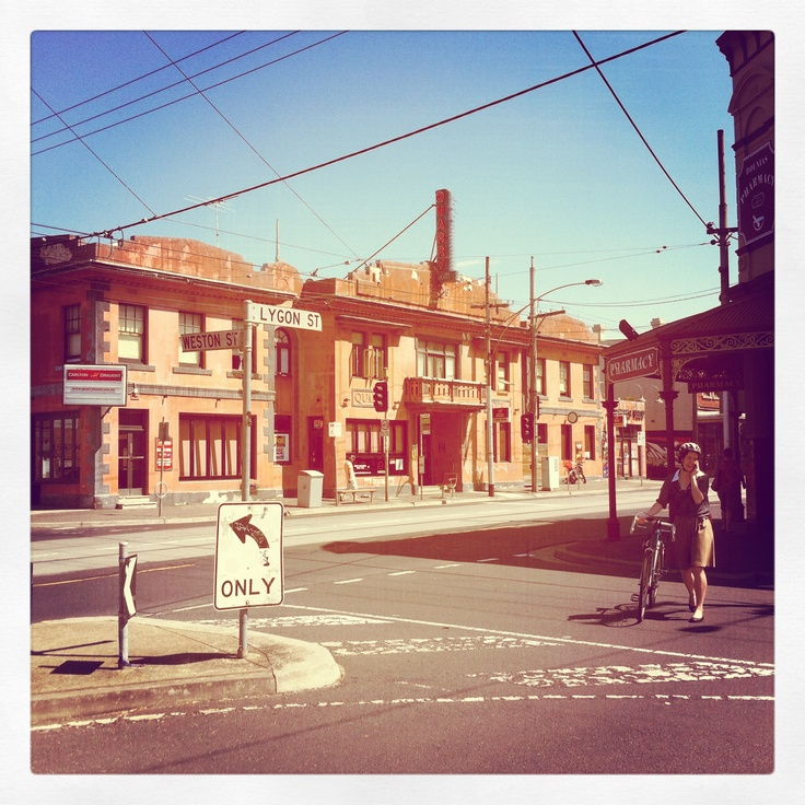 Melbourne. love this city. and its people.
