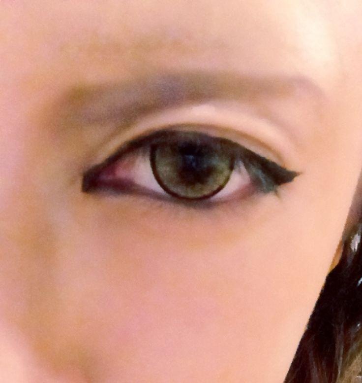 男装メイクのポイントと女の子メイク手順【画像つき】: レイヤーによる ... 女装眉は普通のアイブロウペンシルで描いてるんですけど、男装眉は ...