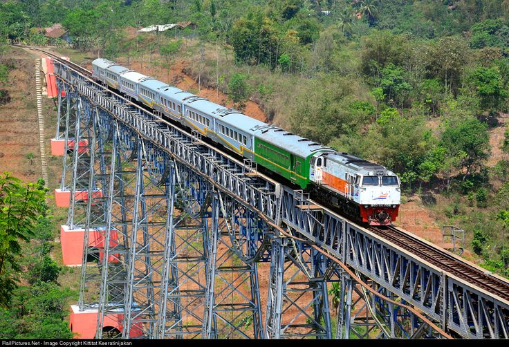 RailPictures.Net Photo: CC 206 13 94 PT Kereta Api Indonesia GE CM20EMP at West Java, Indonesia by Kittitat Keeratinijakan