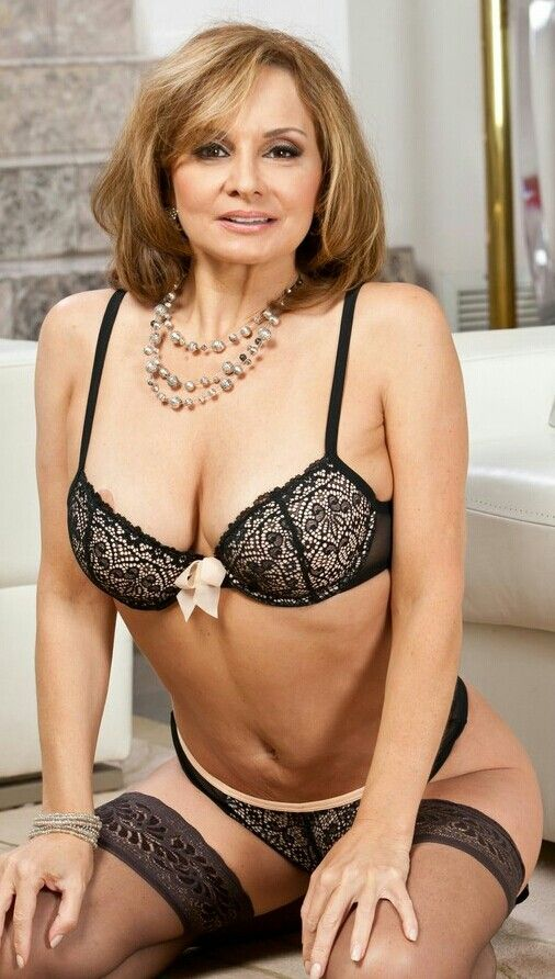 199 Best Sexy Mature In Lingerie Images On Pinterest -8079
