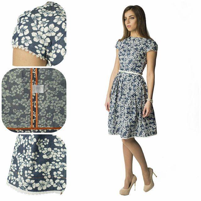 Романтичное платье из хлопка под «деним» с цветочным принтом подарит своей обладательнице весеннее настроение!  Элемент декора – изящное кружево, которое добавляет платью еще больше женственности. В таком платье, Вы всегда будете выглядеть стильно. Что ещё нужно для масленичного уикенда )) ☀️ #sarafanfashion #sarafan #fashion #мыкрасивыизнутри