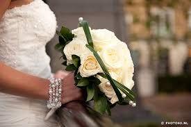 Afbeeldingsresultaat voor De biedermeier bruidsboeket