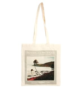 Borders & Frontiers Images of the Pacific Shopper Bag