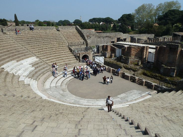 5-teatro-grande.jpg