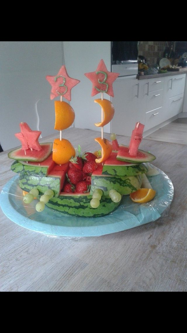 Skib af frugt