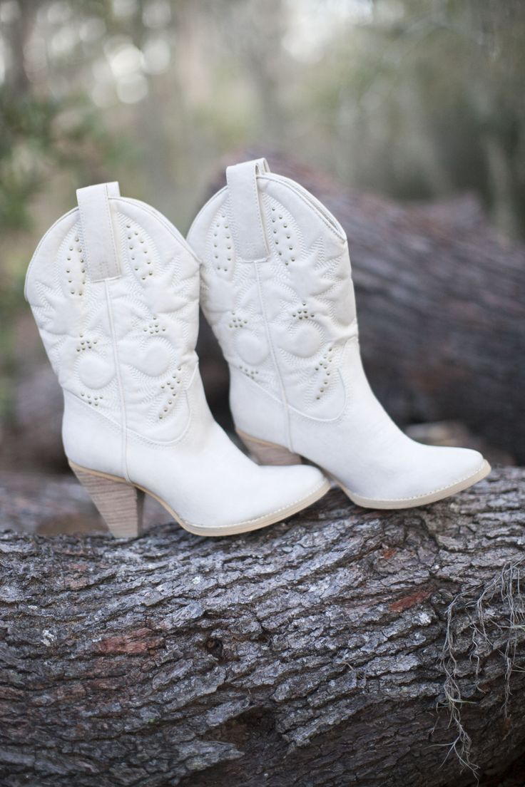 Cowgirl Wedding Boots Sissy 39 S Wedding Pinterest