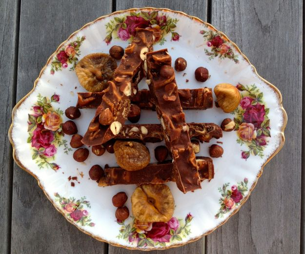 Fig and hazelnut chocolate fingers. gluten, sugar and dairy free.