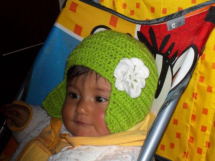 Gorrito de bebe a crochet