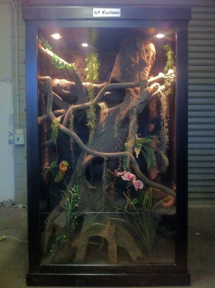 large reptile enclosure   https://www.facebook.com/pages/HP-Customs-Custom-Reptile-Enclosures/572704122760765