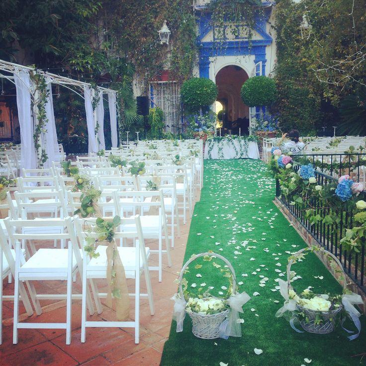 Ceremonia en Finca la Concepcion. Flowers by L&N Floral Design