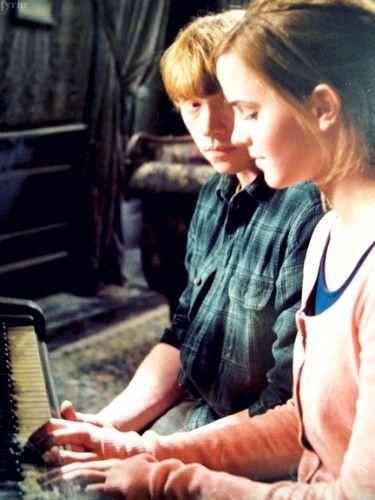 Harry Potter -kirjoista on moneksi, mutta harvemmin on huomattu, että ne ovat itse asiassa melkoinen rakkauden oppitunti niin nuorille kuin aikuisillekin. (KLIKKAA KUVA niin pääset juttuun!)