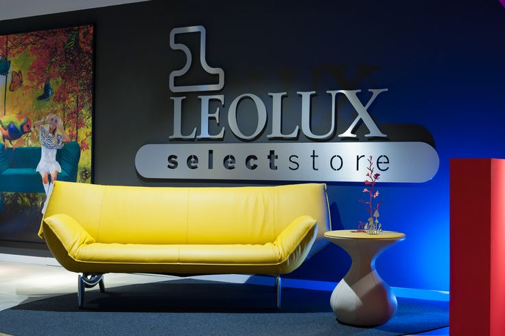 Entree Leolux Select Store.