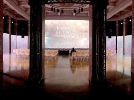 Un mapping y un venue para llegar a las alturas.  Servicios audiovisuales para la presentación de la nueva colección SKY de Niessen #videomapping #cortinaLEDs #CBA #Escenografia #audiovisuales #eventos #eventprofs