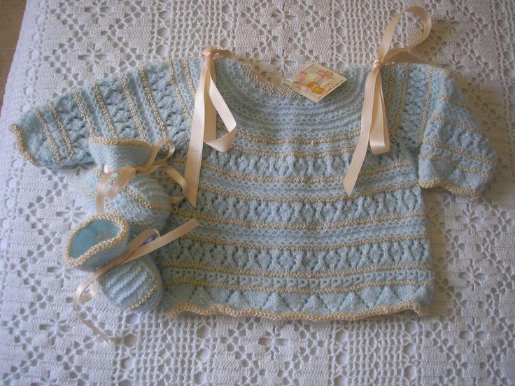 jersey de bebe jersey celeste y beige fabricado con hilo de per