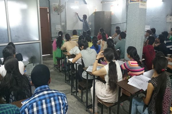 Here are some advantages of Enrolling yourself at a #BankCoaching Centre Read More: http://vidyaguru111.tumblr.com/post/122147129202/advantages-of-enrolling-yourself-at-a-bank