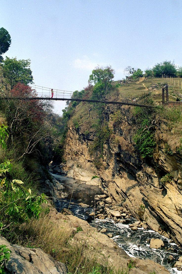 ponte sospeso a Chobar