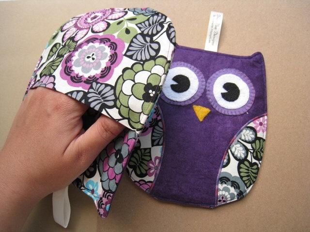 Purple Owl Pot Holders for kitchen. $24.95, via Etsy.