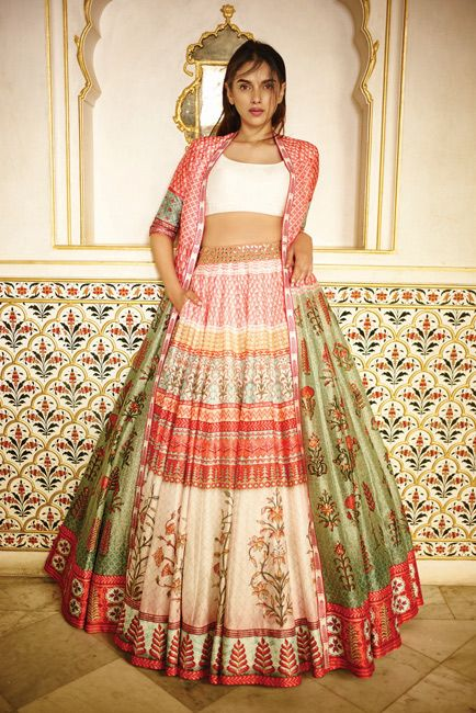 Anita Dongre love the ease of this look! Love-Notes---Campaign-Images-(6)