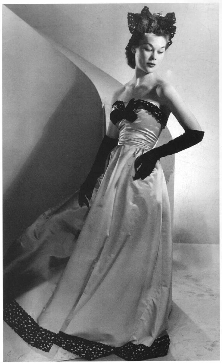 """the innovations of the fashion designer cristobal balenciaga Cristobal balenciaga (fashion designers) [lesley ellis miller] on amazoncom  free shipping on qualifying offers """"balenciaga is fashion's picasso""""—cecil."""