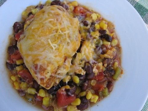 Skinny Southwestern Slow Cooker Chicken | Weight Watchers Recipes #WeightWatchers #CrockPot