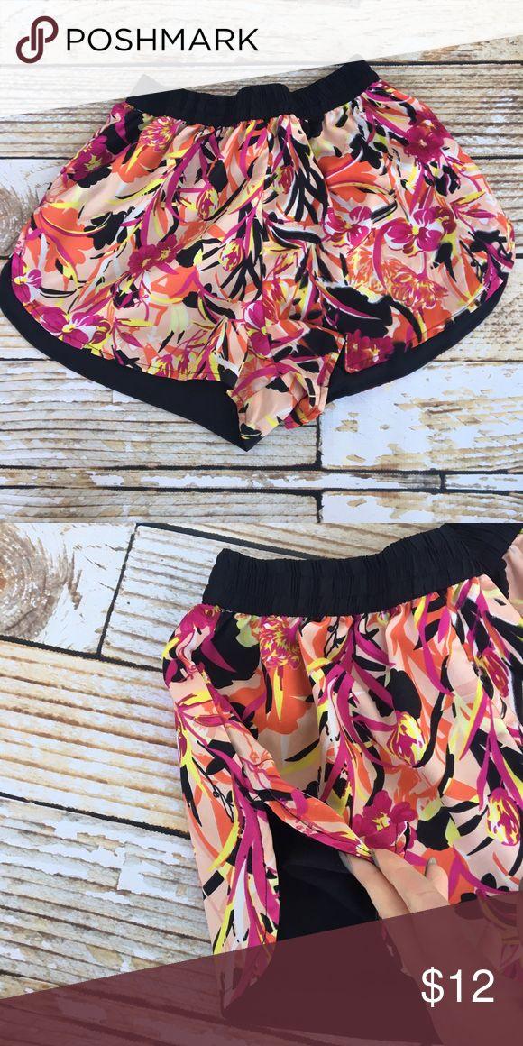 Truth USA floral/black reversible shorts Truth USA floral/black reversible shorts size medium Truth USA Shorts
